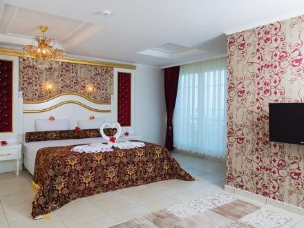Modern Saraylar Odalar Senior Suite