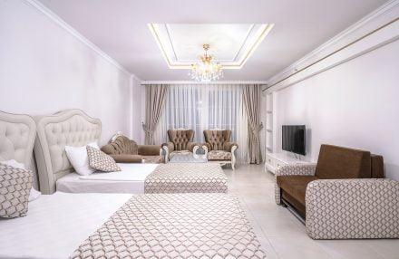 Modern Saraylar Odalar Family Suite