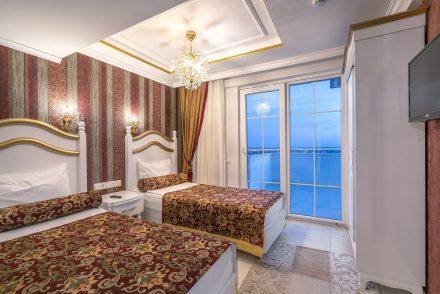 Modern Saraylar Odalar Junior Suite